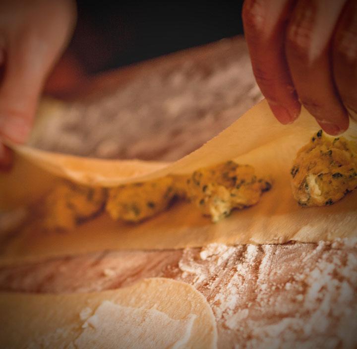 reservar en nicoletta modern italian kitchen